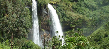 Sipi Falls is the most beautiful waterfalls in Uganad, a place to visit packed with plenty of fun activities