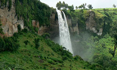 An image of the most stunning waterfalls in Uganda on the foots of Mount Elgon National Park