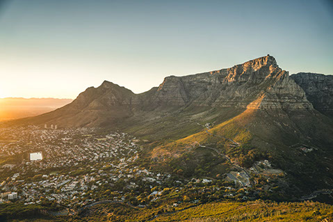 An image of the Table Mountain, 7th World Wonder and world heritage site